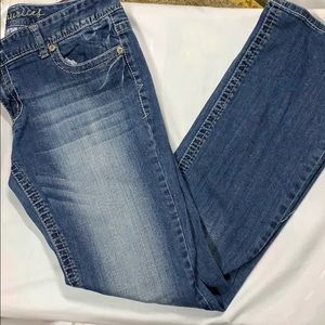11/12 long Maurice's jeans